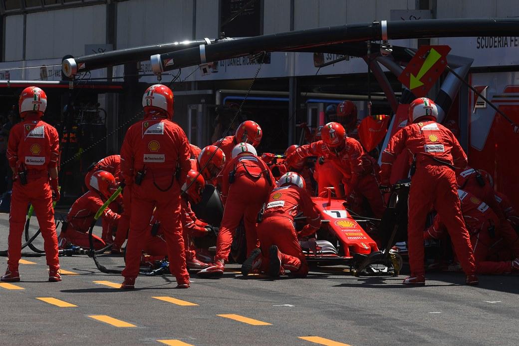 Räikkönen, Ferrari, Pirelli