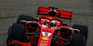 Vettel, pole, Kína, Ferrari