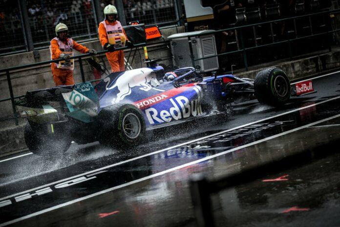 Toro Rosso, wet tyre, pirelli, rain