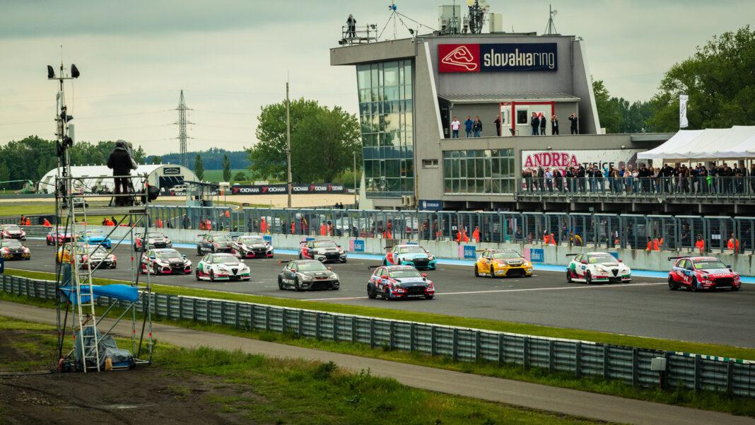 WTCR Slovakiaring, F1