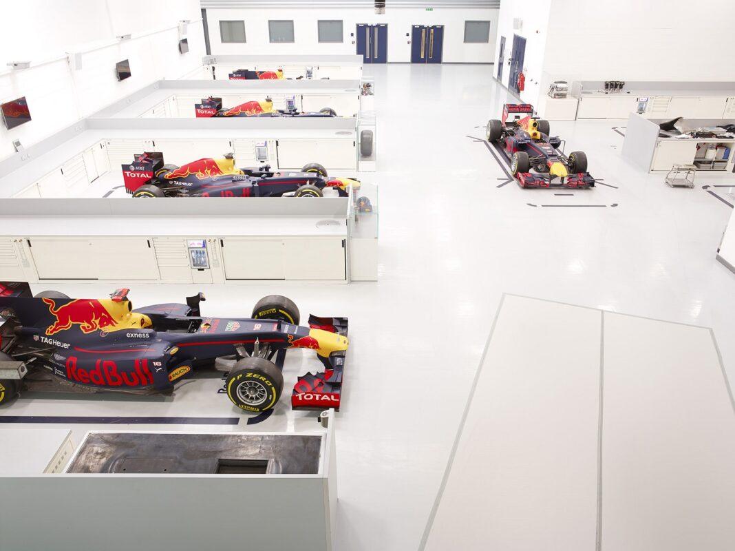 Red Bull Racing Factory, horner