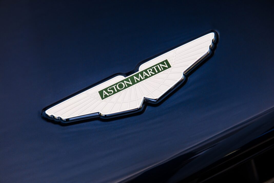Aston Martin logo, racingline