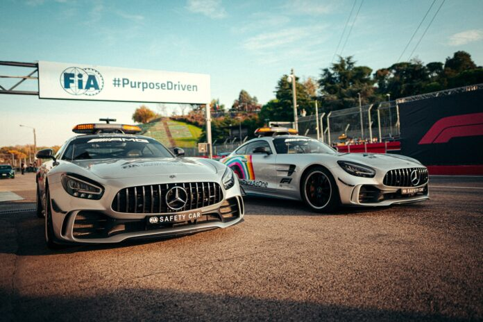 Safety Car, Mercedes, racingline,