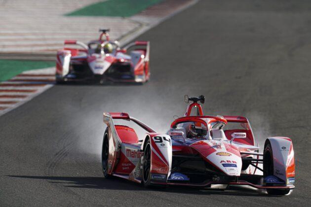 Alex Lynn & Alexander Sims, Mahindra Racing, racingline.hu