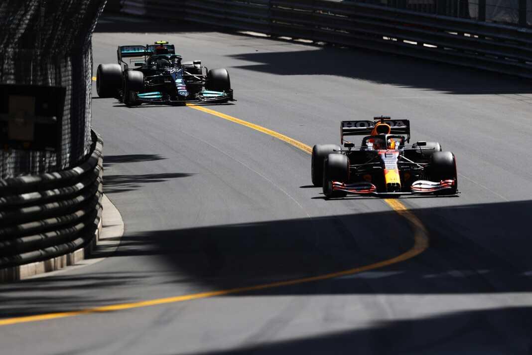 Max Verstappen, Valtteri Bottas, Red Bull, Mercedes