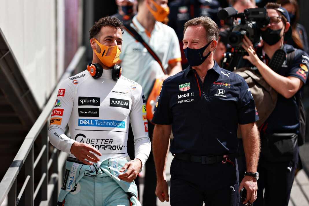 Daniel Ricciardo, Christian Horner, Red Bull, McLaren