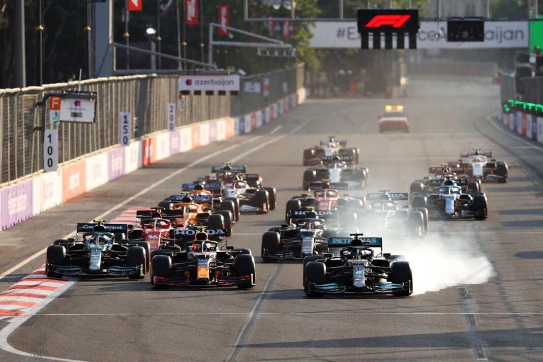 F1, Sergio Pérez, Lewis Hamilton, Red Bull, Mercedes, Masi
