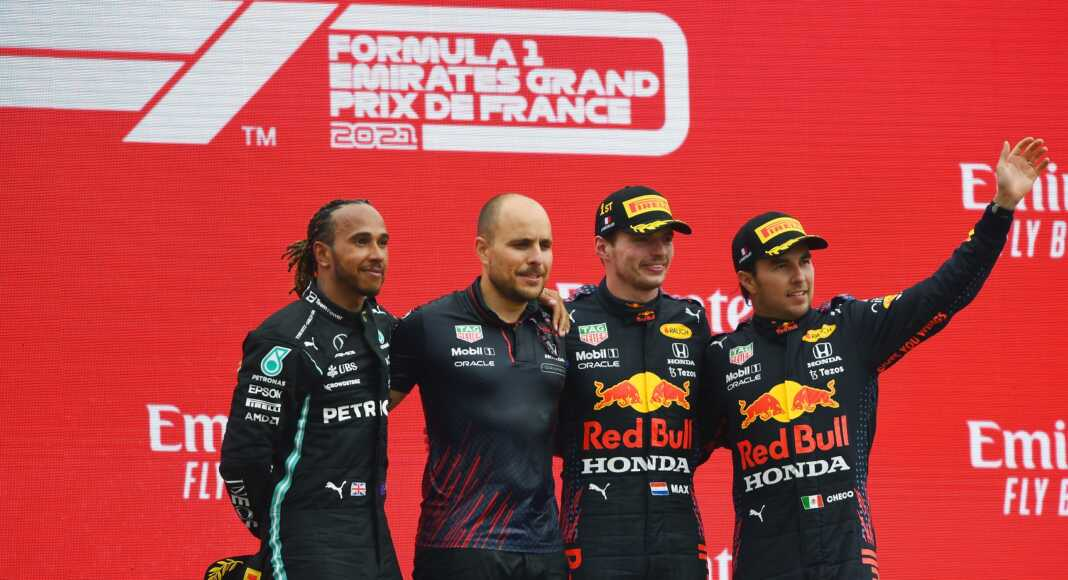 Lewis Hamilton, Max Verstappen, Sergio Pérez, pontverseny