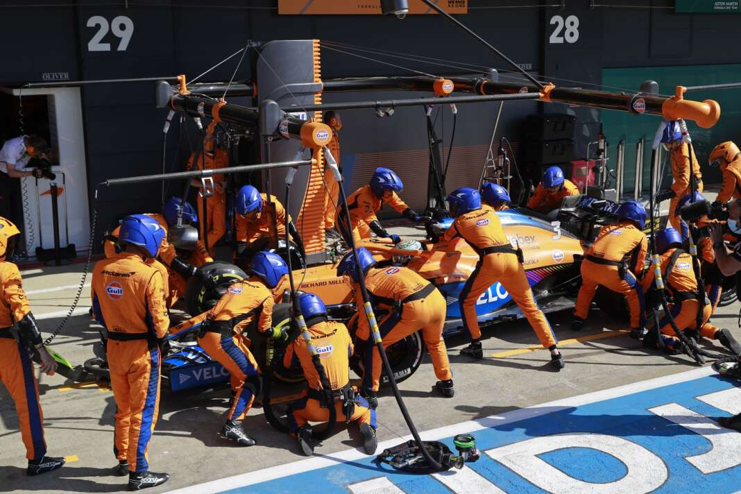 McLaren, Hill, Silverstone, racingline.hu