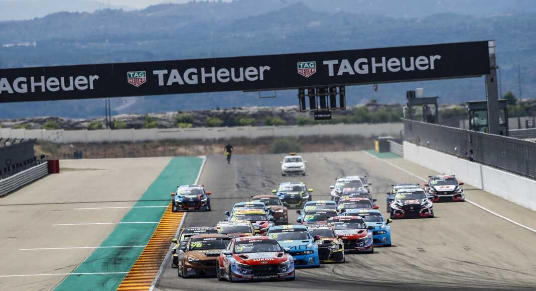 rajt, start, Tarquini, Azcona, Zengő Motorsport, racingline.hu