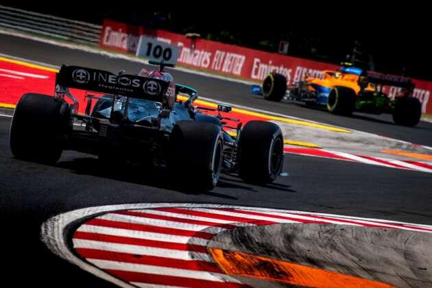 Mercedes, McLaren, sikán, kerbs