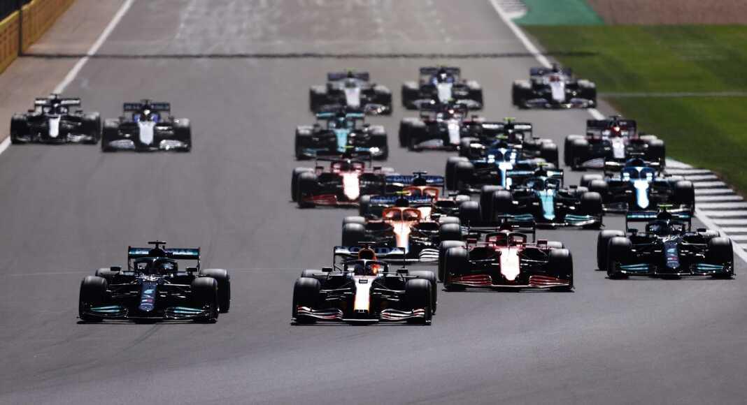 F1, Forma-1, rajt, start, Brit Nagydíj, Red Bull, Mercedes