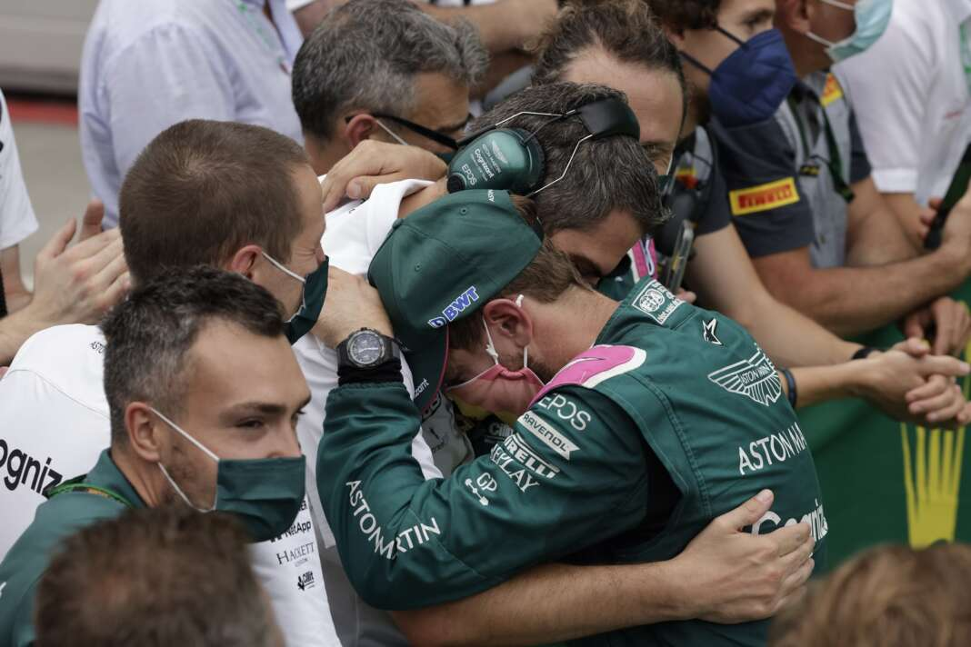 Sebasitan Vettel, Aston Martin