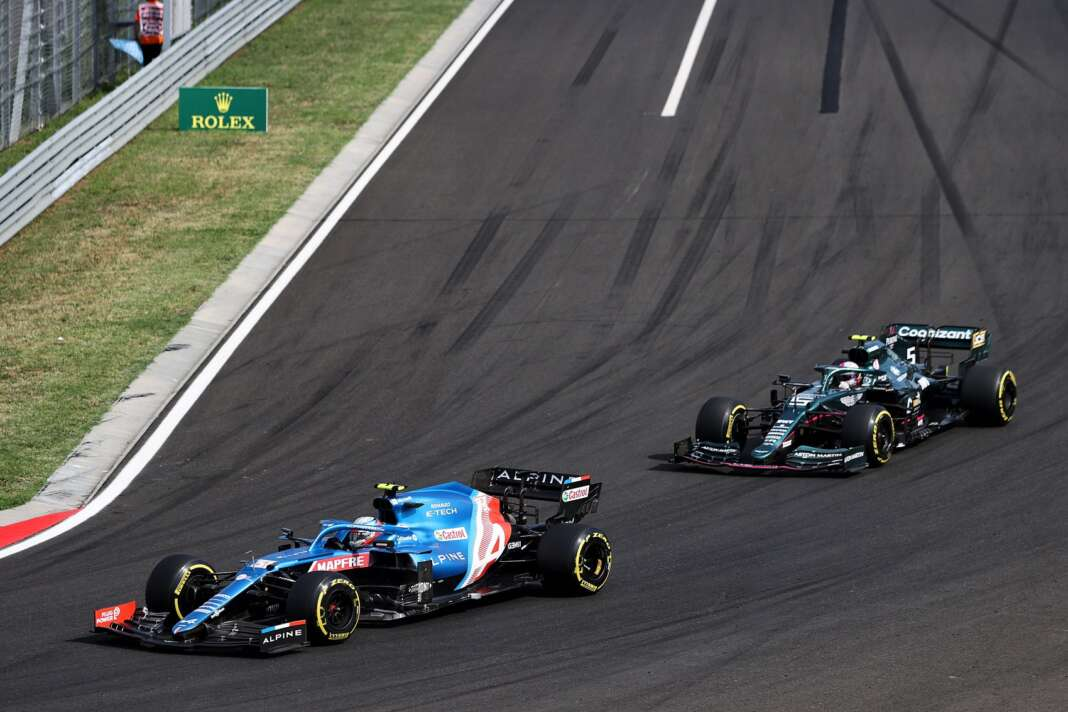 Esteban Ocon, Sebastian Vettel, Alpine, Aston Martin