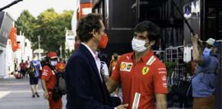 Carlos Sainz, John Elkann, Ferrari