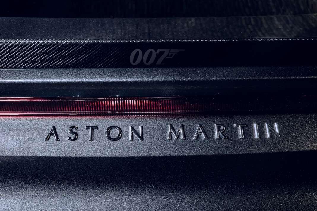 Aston martin DBD, 007
